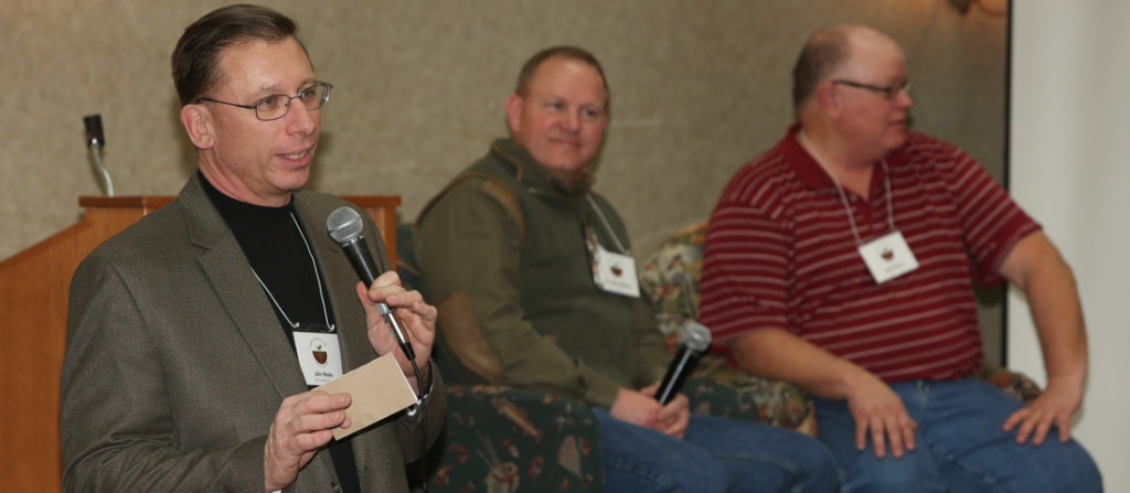 SFA Executive Director John Mesko (left) leads a Q&A session with Dr. Allen Williams (center) and Gabe Brown at the 2015 Midwest Soil Health Summit on Feb. 18 in Alexandria, Minn.