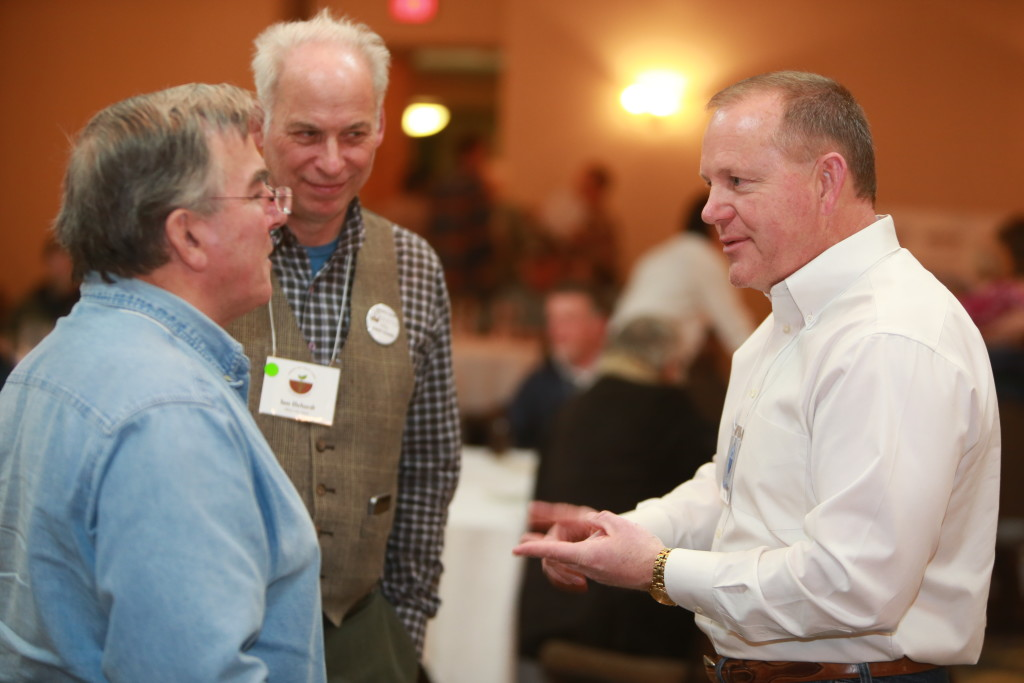 SFA members Tom Barthel (from left) and Tom Ehrhardt chat with Dr. Allen Williams at the 2016 Midwest Soil Health Summit on Feb. 17 in Alexandria, Minn.